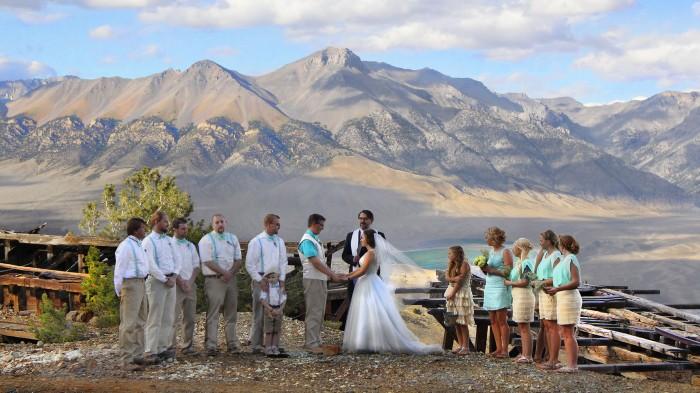 Mountaintop wedding in Mackay, ID